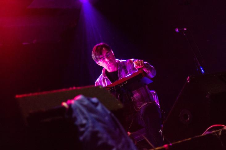 Mark Mosher perofrming. Darwin Grosse. Photo by Jeff Navarro.